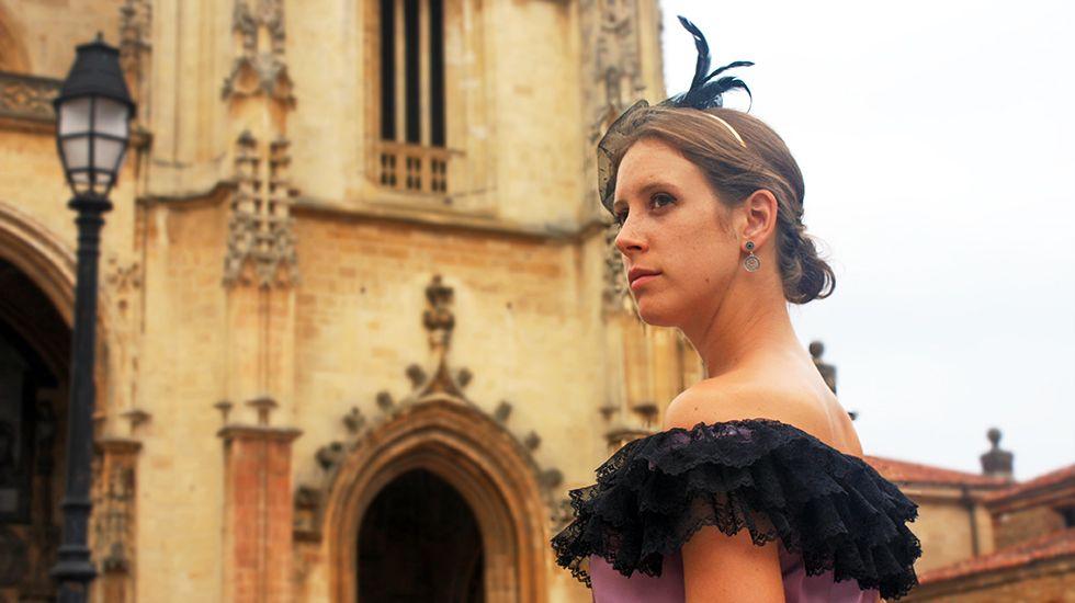 Ana Belén León es la encargada de dar vida a Doña Ana Ozores, La Regenta, en la Ruta Clariniana.