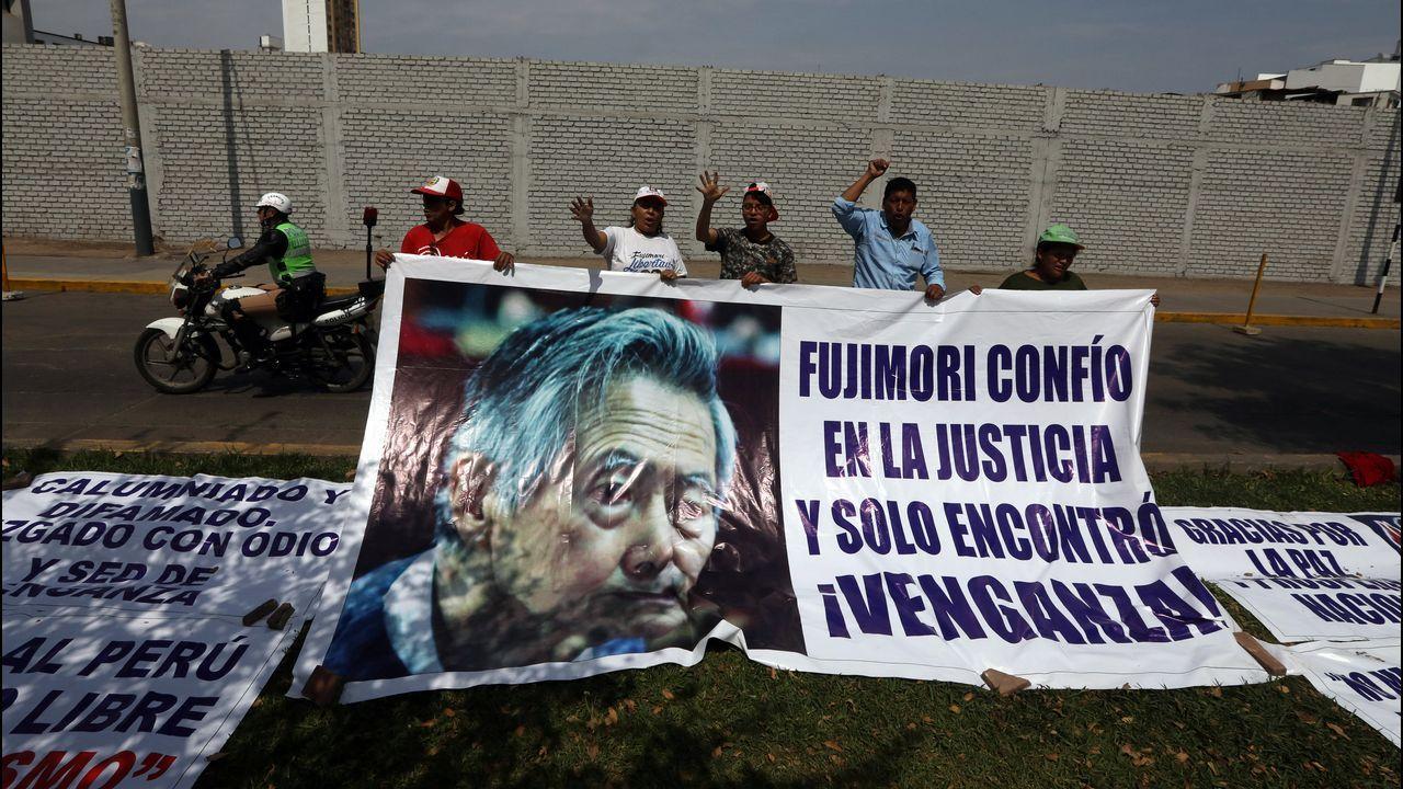 Afines a Fujimori, ante el hospital donde está ingresado el expresidente