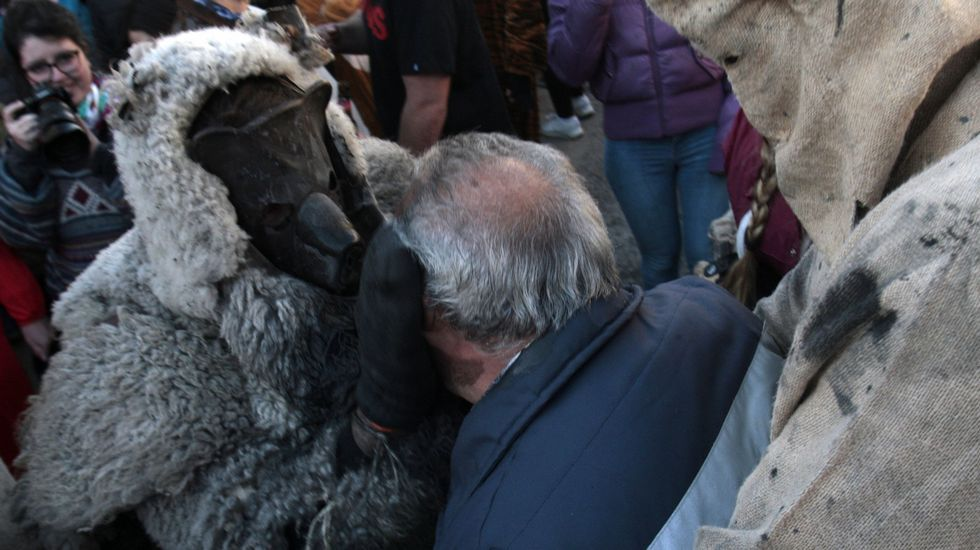 O Oso de Salcedo é un dos entroidos populares máis espectaculares de Galicia