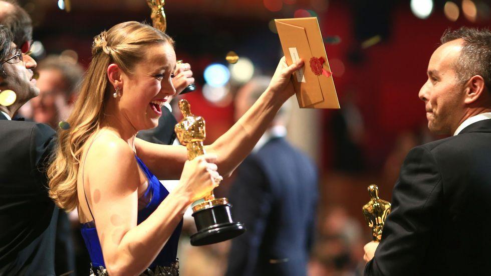 Alegría de alguno de los premiados en los Oscars.
