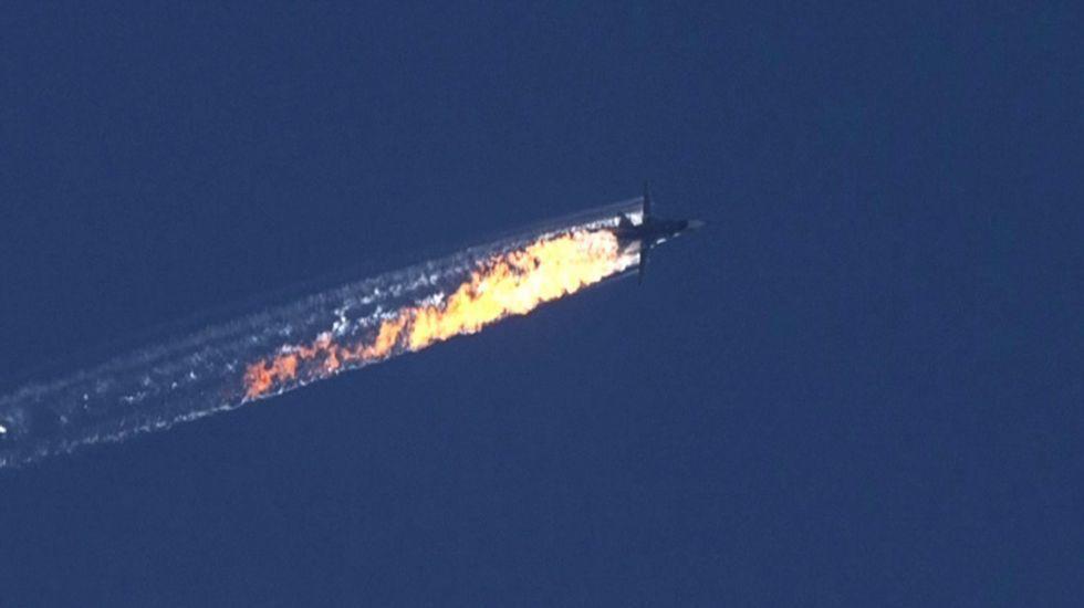 «Está usted acercándose a espacio aéreo turco. Cambie de rumbo hacia el sur inmediatamente»
