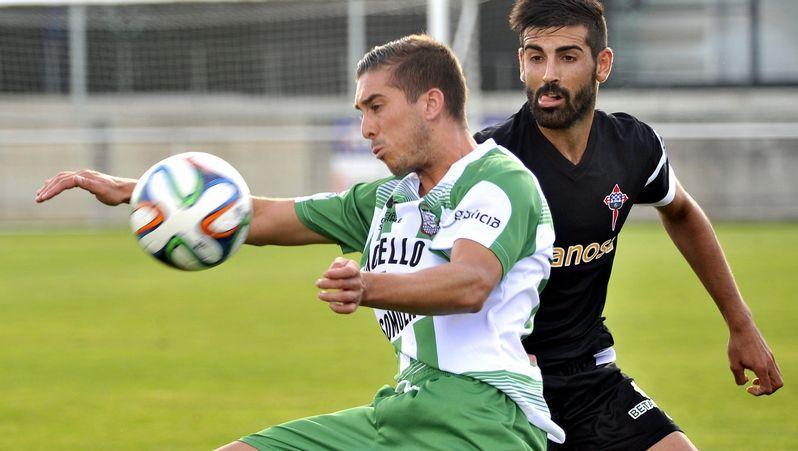 La victoria del Racing sobre el Langreo, en fotos.Joselu lleva seis goles con el Racing de Ferrol en la liga