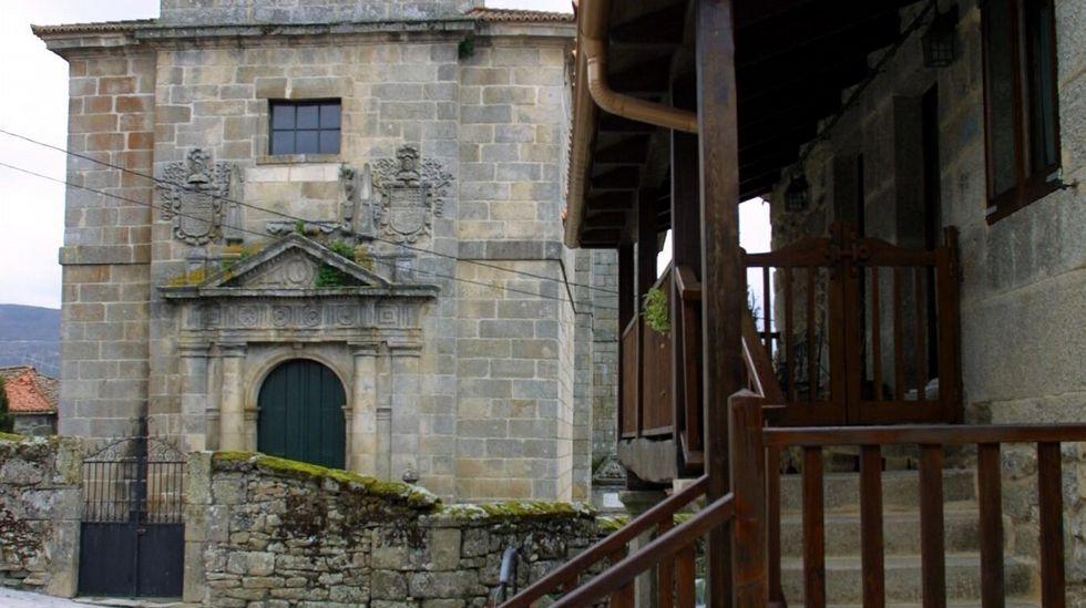 Yoel Barcenas Real Oviedo Reus Carlos Tartiere.Igrexa de San Martiño na Mezquita, un concello de nome claramente árabe