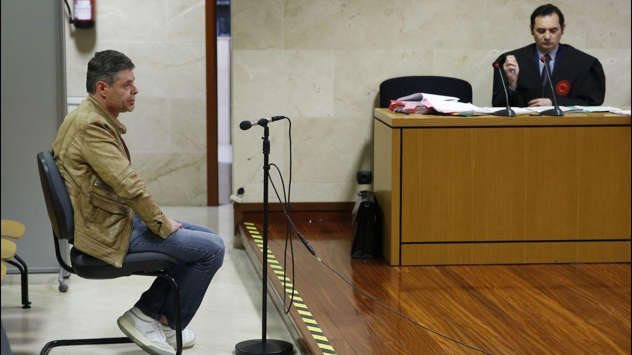 Rueda, ayer con Miguel Ángel Cadenas, presidente del TSXG y el fiscal superior, Fernando Suanzes