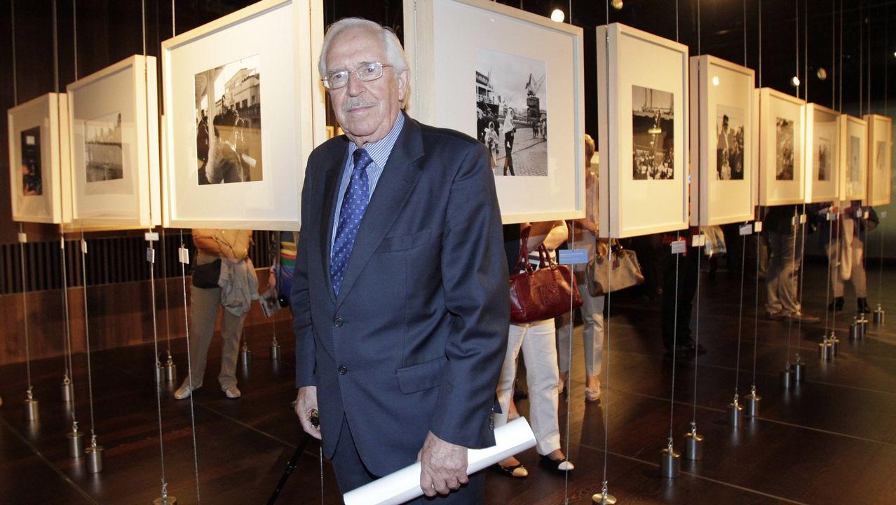 ALBERTO MARTÍ EN UNA EXPOSICIÓN SOBRE SU OBRA EN EL AÑO 2011