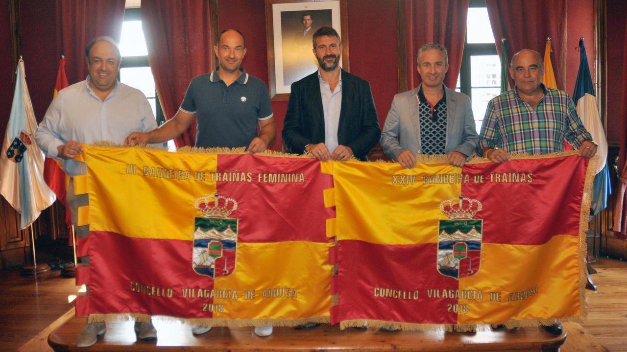 Las imágenes de la Bandeira Concello de Vilagarcía de Traíñas.Mapa de Asturias