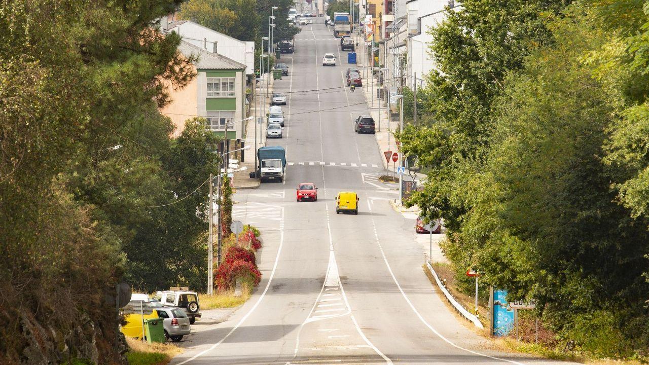 Los concellos afrontan una carencia de policías locales por jubilaciones y traslados