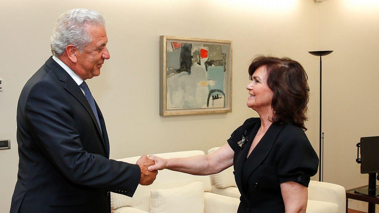 .El comisario de Migraciones de la UE, Dimitris Avramopoulos, se reunió este viernes en Madrid con la vicepresidenta Carmen Calvo