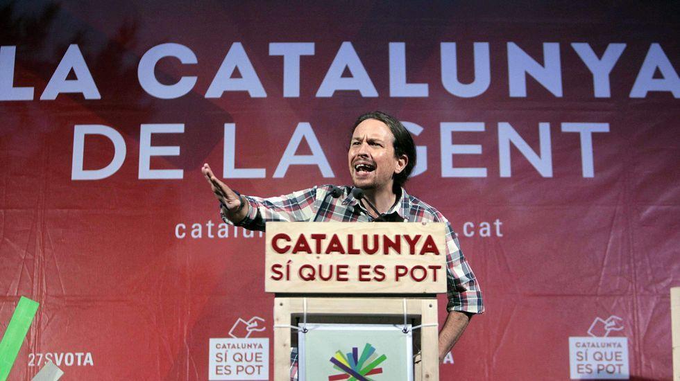 Off The Record - ¡Pieles roja en Cataluña!.«Fiesta final. Ven a bailar con Iceta». Es el título del cartel que el PSC utilizó para el mitin de cierre de campaña que se desarrolló en un auténtico ambiente festivo en un barrio popular de Barcelona.