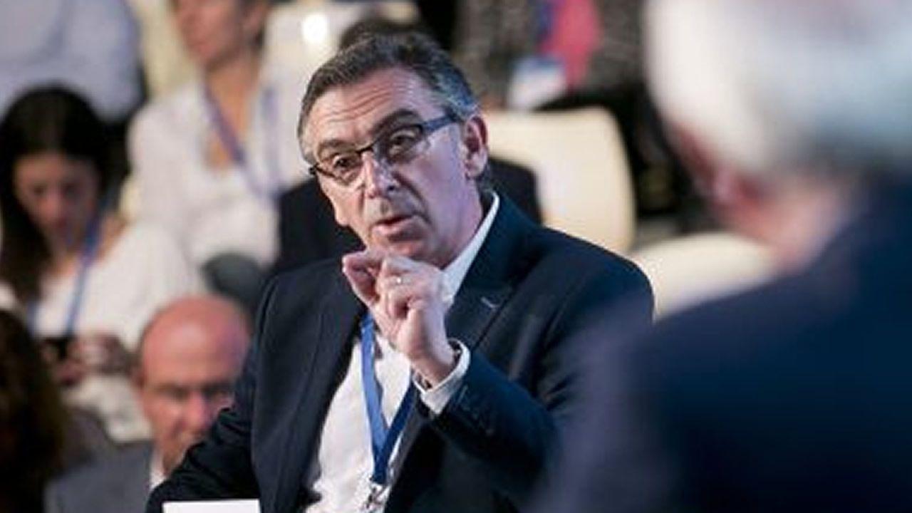 candidatos.Luis María Beamonte. Aragón. Apostó por Casado, sobre el que dirigió buen parte de los votos de la numerosa delegación aragonesa.