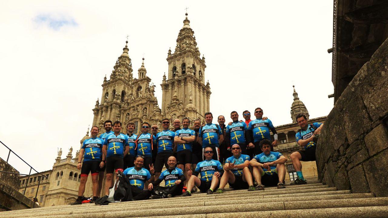 El personal de Integra Energía a su llegada a Santiago de Compostela