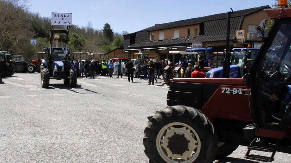 .Los ganaderos protagonizaron varias tractoradas pidiendo ayudas directas