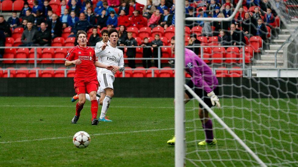 Borja Sánchez en un Liverpool-Real Madrid