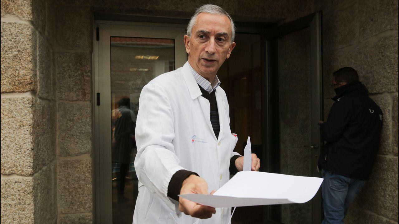 «Teño un paciente citado cada dous ou tres minutos».Imagen de archivo de un avión de Iberia