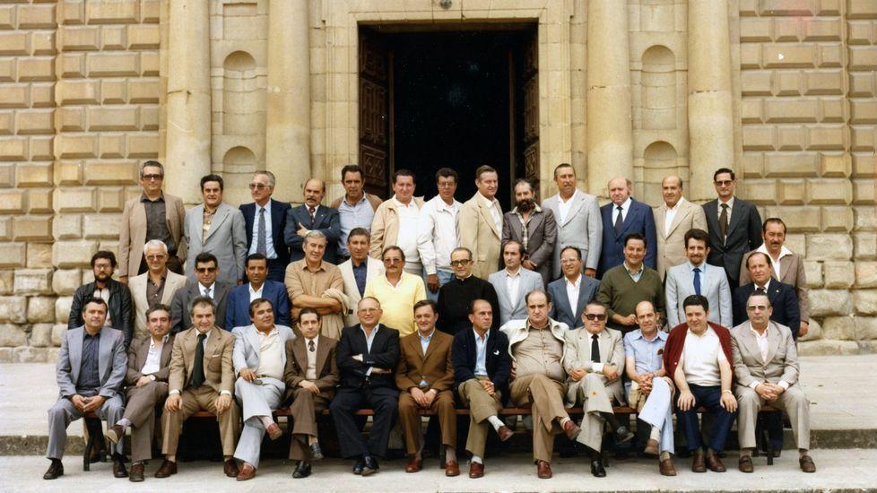 Una reunión de antiguos alumnos del colegio en 1980