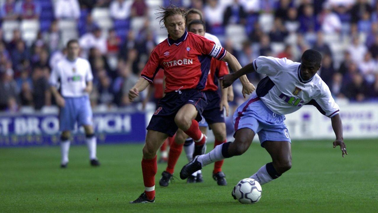 Eliminatoria frente al Aston Villa en Intetoto en el 2000