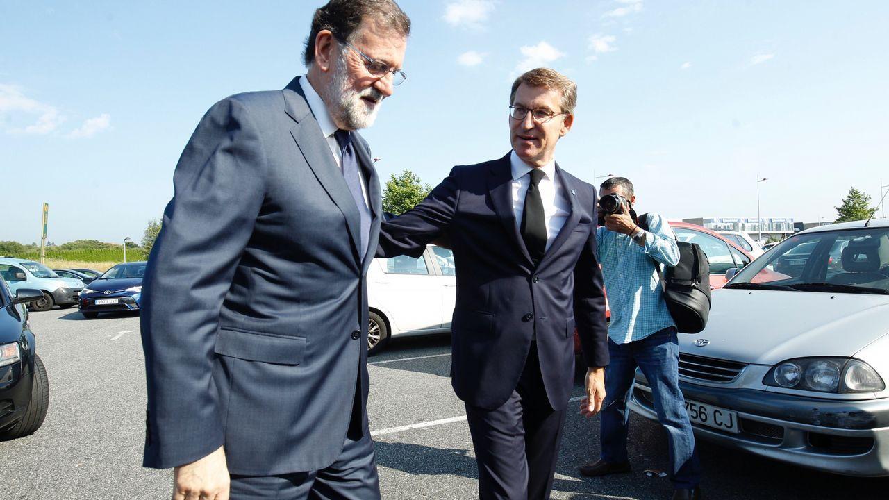 Feijoo y Rajoy, en el funeral y entierro de Gerardo Fernández Albor en Boisaca, Santiago