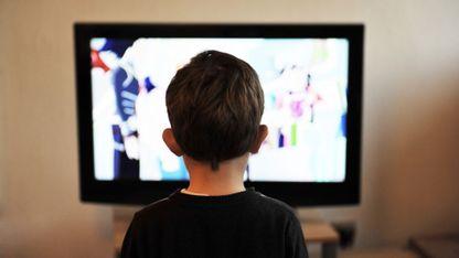 Tener la televisión encendida será un motivo de distracción seguro para los estudiantes