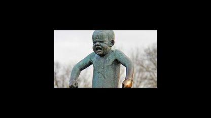 «El niño enfadado», escultura en el parque Frogner, de Oslo. Las primeras rabietas no dejan de ser un reflejo del desarrollo de los hijos