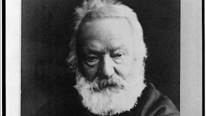 Víctor Hugo foi un dos artífices do romanticismo literario, pero tamén foi un home público que se dedicou á política