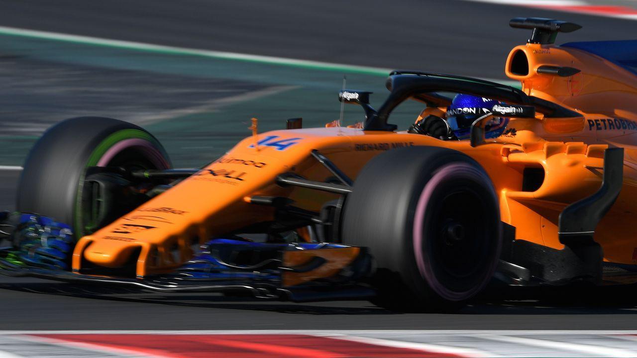 Todos los coches de la parrilla.Fernando Alonso entrega en La Morgal los premios a los finalistas del Renault Kart «Pequeños Campeones»
