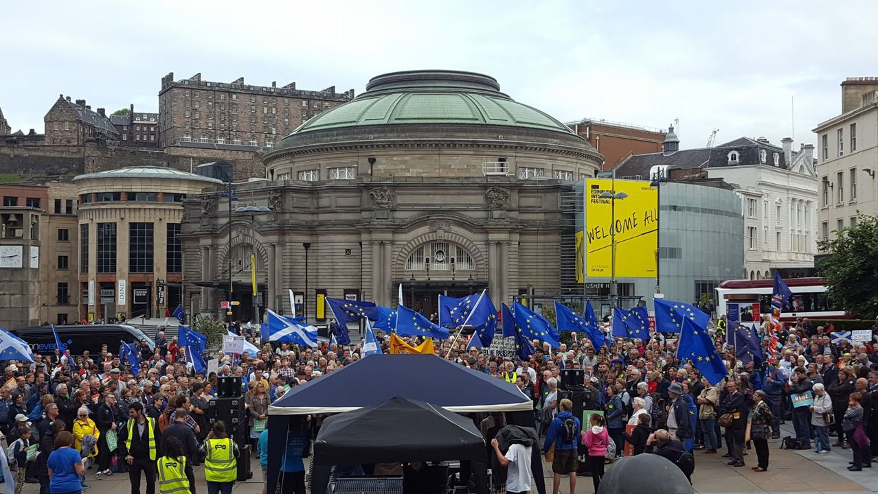 Protesta anti-Brexit en Edimburgo