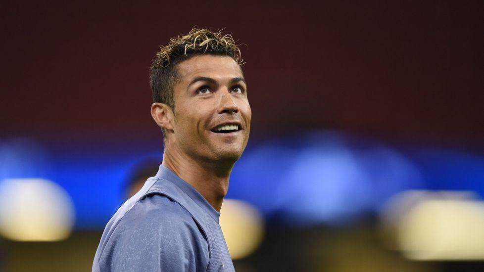 La Fiscalía acusa a Cristiano Ronaldo de fraude fiscal.