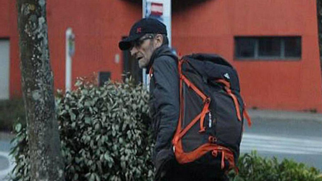 Detenido en Francia el ex dirigente de ETA Josu Ternera.Javier Ardines, en su despacho, en la foto de la página web del Ayuntamiento de Llanes, que aún conserva su texto de presentación en primera persona