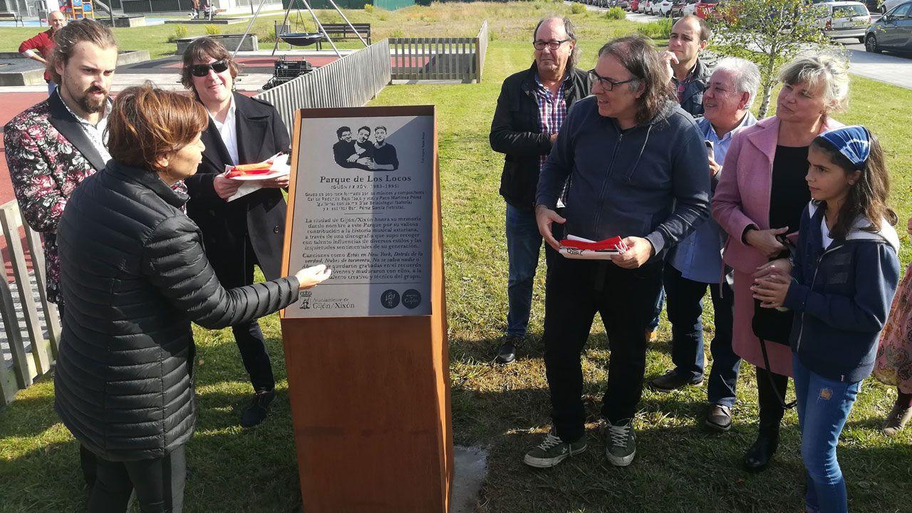 Los Locos ya tienen su parque en Nuevo Roces.Francisco Álvarez-Cascos, tras su comparecencia en la comisión municipal por el 'caso Enredadera'