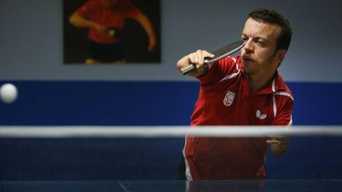 Alberto Seoane, campeón de tenis de mesa adaptado: «Para mí la sobreprotección es muy mala»