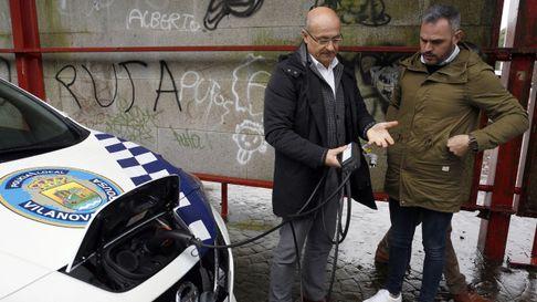 La policía local de Vilanova estrena un coche patrulla eléctrico