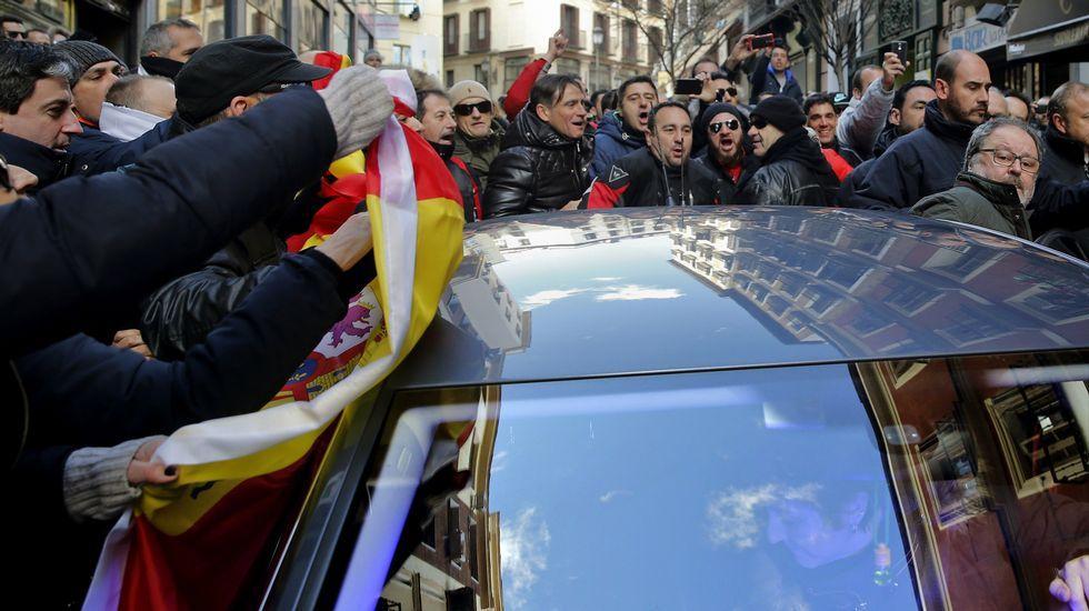 Así fue el escrache de los policías locales de Madrid al concejal de Podemos
