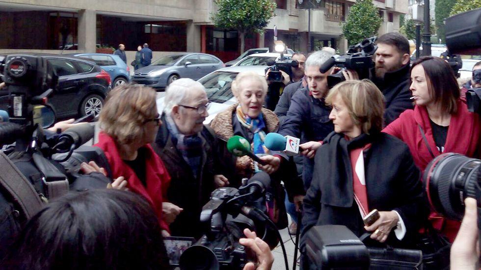 Fernández Villa, ante los medios, a su llegada a los juzgados