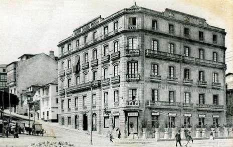 <span lang= es-es >Maruja Limón, la última estrella local</span>. En el año 2004, Vigo volvió a situar un restaurante en la élite, algo que no sucedía desde 1985. El local de Rafa Centeno sigue hoy luciendo la única estrella Michelin de la ciudad.                 FOTO: