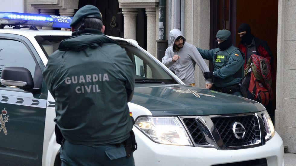 Operativo contra el entorno de Resistencia Galega.