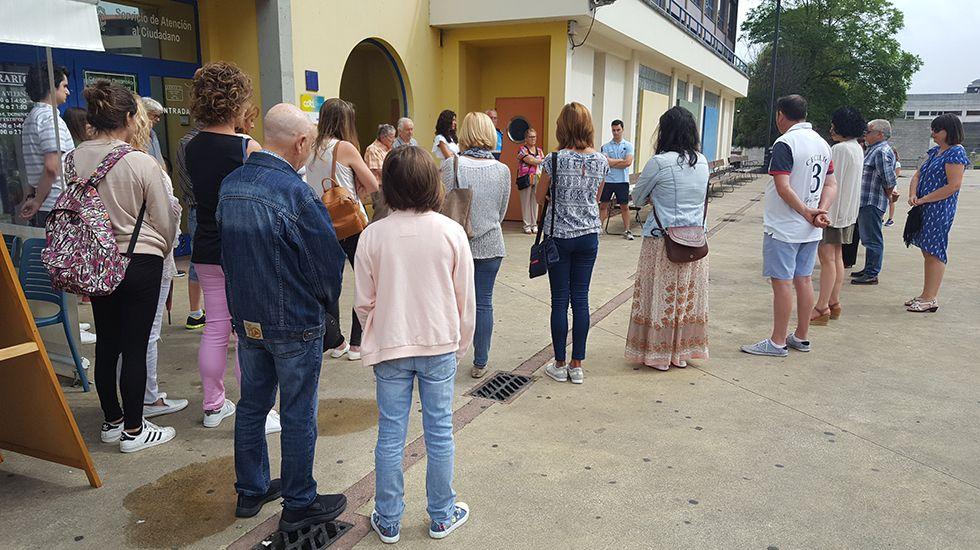 Concentración de repulsa contra los atentados en el Centro Tomás y Valiente de Las Vegas, Corvera