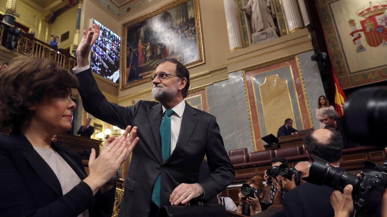 .Rajoy saluda a los diputados del PP en su despedida del Congreso el pasado día 31