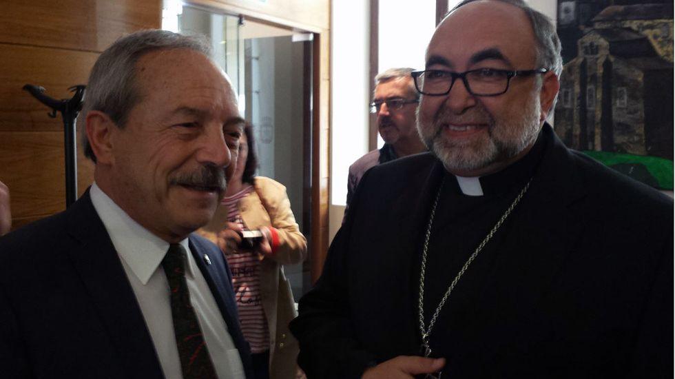 El alcalde de Oviedo, Wenceslao López, con el arzobispado de Oviedo, Jesús Sanz Montez.El alcalde de Oviedo, Wenceslao López, con el arzobispado de Oviedo, Jesús Sanz Montez