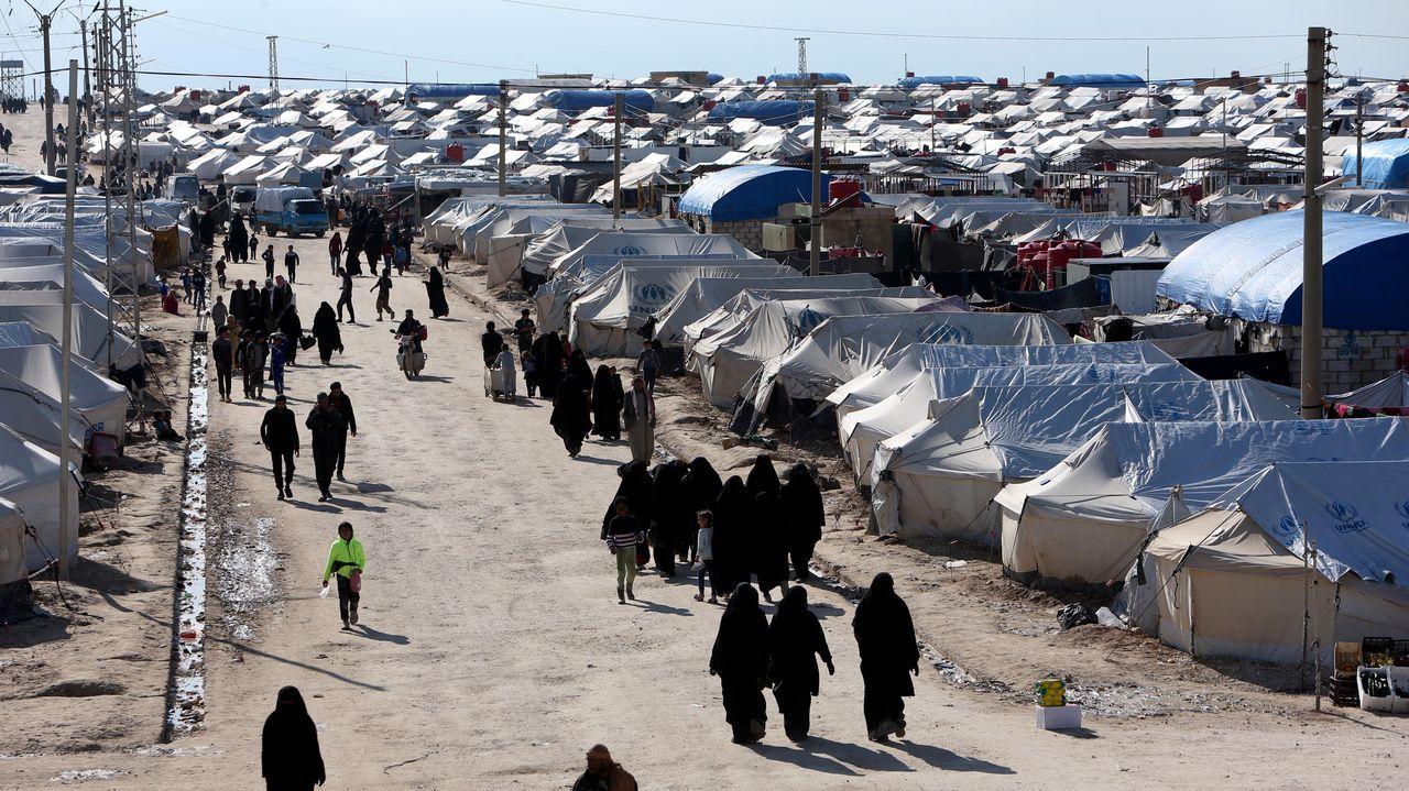 Al menos 11.000 son familiares de yihadistas permanecen en el campamento Al Hol en la provincia siria de Al Hasak