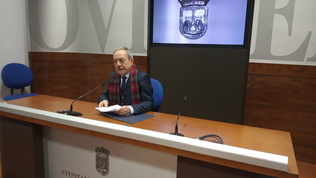 Miles de personas participaron en la Preba de la Sidra de Gascona.Wenceslao López, alcalde de Oviedo