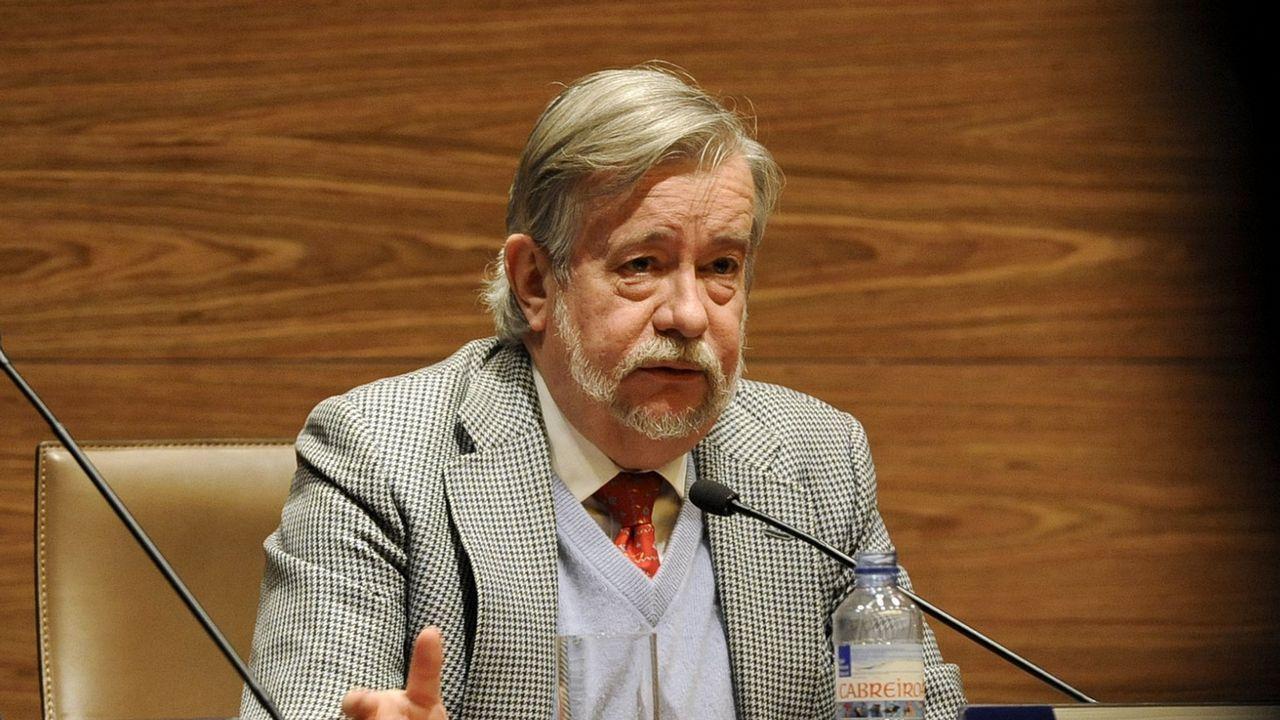 José María Guelbenzu, durante una conferencia que ofreció en Ferrol