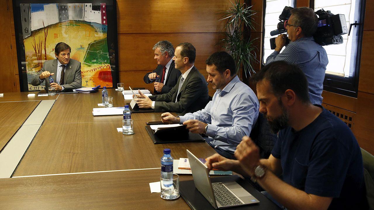 Sindicatos y CEOE.Reunión de concertación entre Gobierno regional, patronal y sindicatos