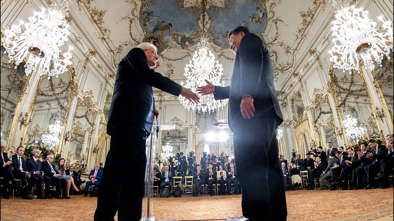 Mattarella recibió con todos los honores en el palacio de Quirinale al presidente Xi Jinping