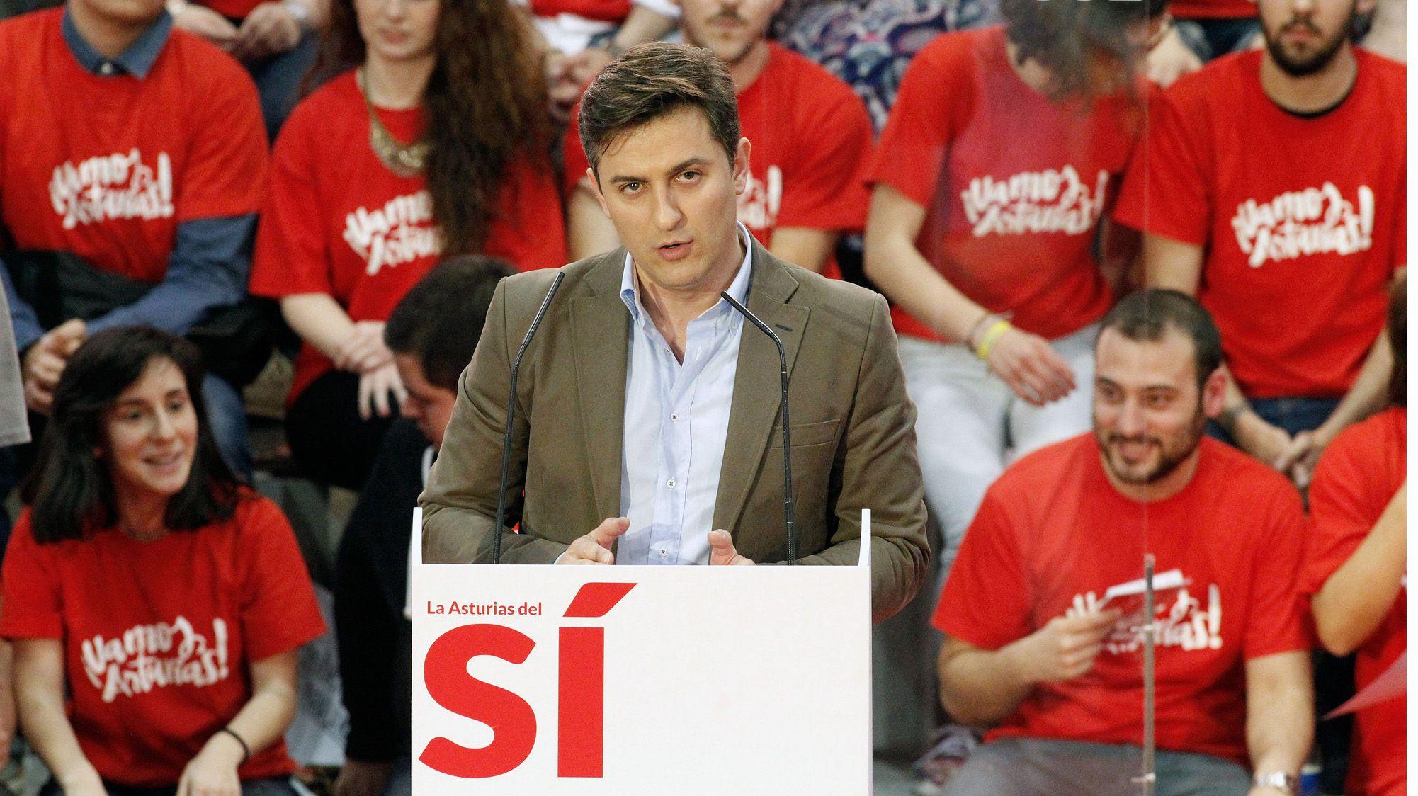 Las gaitas suenan en la Marcha Negra.José María Pérez en la campaña de 2015
