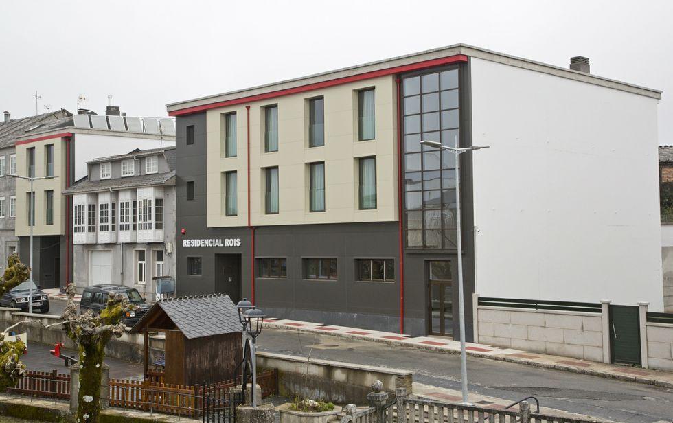 El exterior de la residencia fonsagradina para mayores, inaugurada esta misma semana.