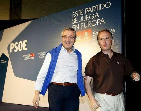 A obra sobre Sabell editada polo Centro Ramón Piñeiro presentouse onte en Santiago.