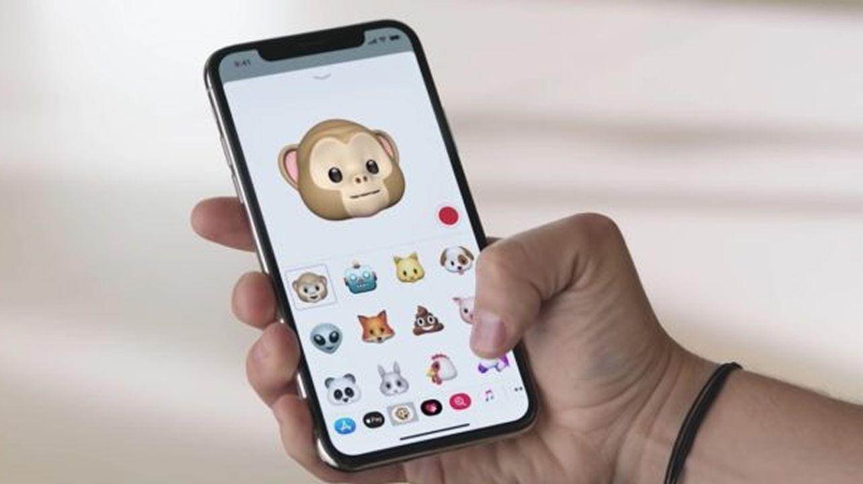 Apple admite que ralentiza iPhones antiguos a propósito.Cajas apiladas de Amazon