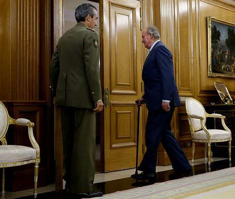 El rey acude a su primer acto oficial después de anunciar su abdicación, una audiencia al presidente de la Cámara de Comercio de Estados Unidos, Thomas J. Donohue.