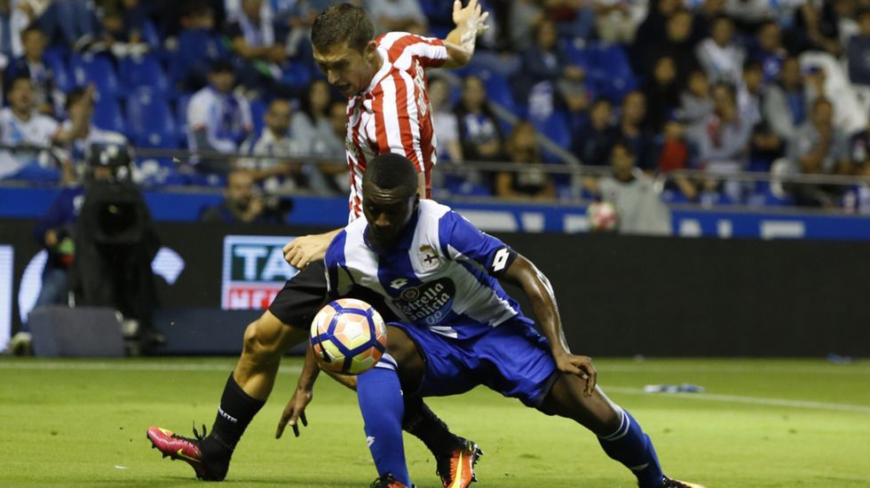 El Deportivo-Athletic, en fotos.Borja Domingo, durante el partido contra el Choco