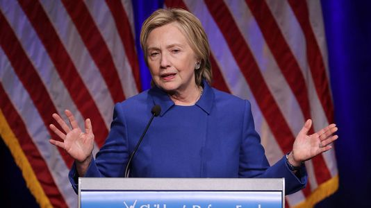 La reaparición de Hillary Clinton
